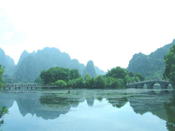 —陆川县的龙珠湖
